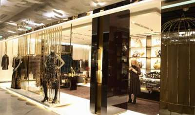 How luxury market is growing in India?