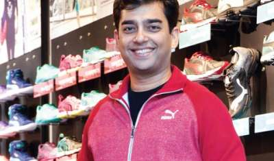 A retailer cannot say I am a pure play offline or online player: Abhishek Ganguly