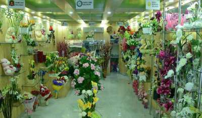 How traditional flower business is attaining new identity?