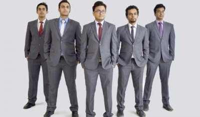 Avinash Bansal, Ayush Banka, Manik Mehta, Paras Batra, Chiraag Kapil, Founders, Leaf Innovation Pvt.